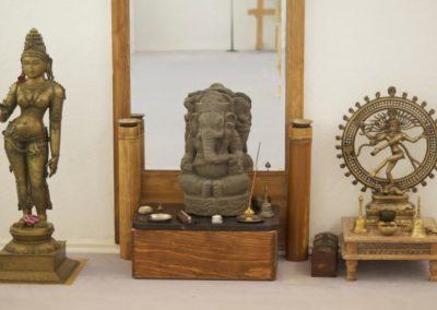 Tantra-Workshop-Raum-Hintergrundbild-768x509